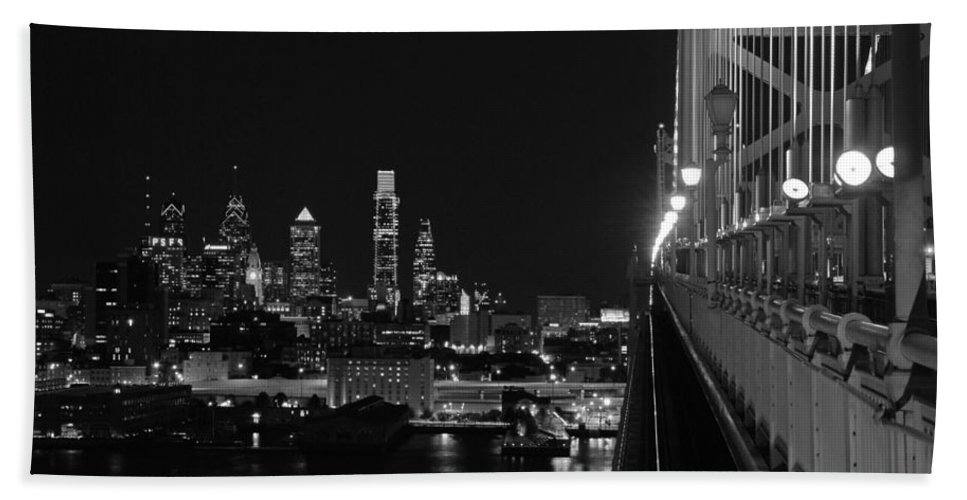 Philadelphia Bath Sheet featuring the photograph Philadelphia Night B/w by Jennifer Ancker