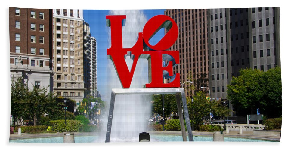 Philadelphia's Bath Sheet featuring the photograph Philadelphia's Love Park by Bill Cannon
