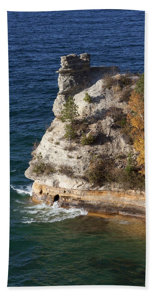 Pictured Rocks Bath Sheet featuring the photograph Pictured Rocks National Lakeshore 2 by Debby Richards