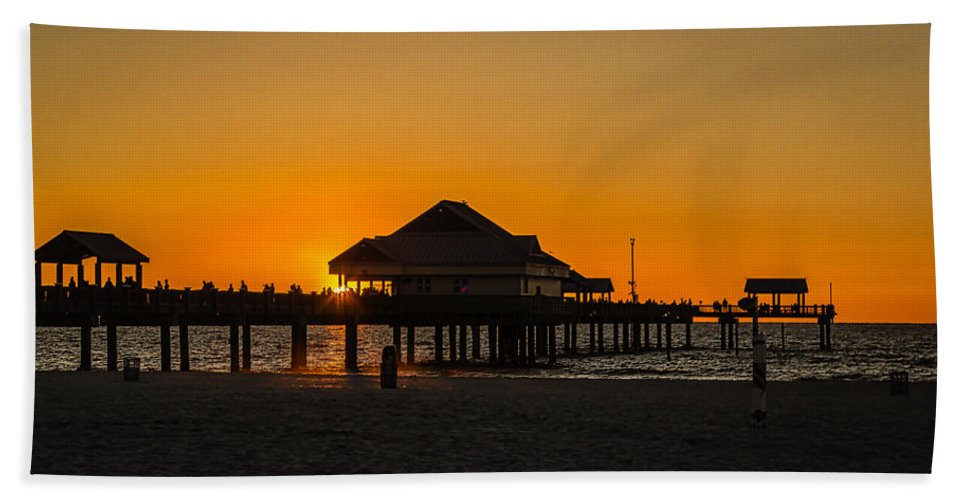 Clearwater Beach Hand Towel featuring the photograph Pier 60 Sunset by Jane Luxton