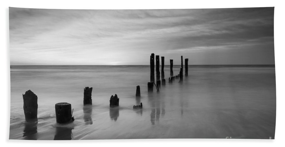 Milky Way Mike Hand Towel featuring the photograph Pier Into The Past Black And White by Michael Ver Sprill