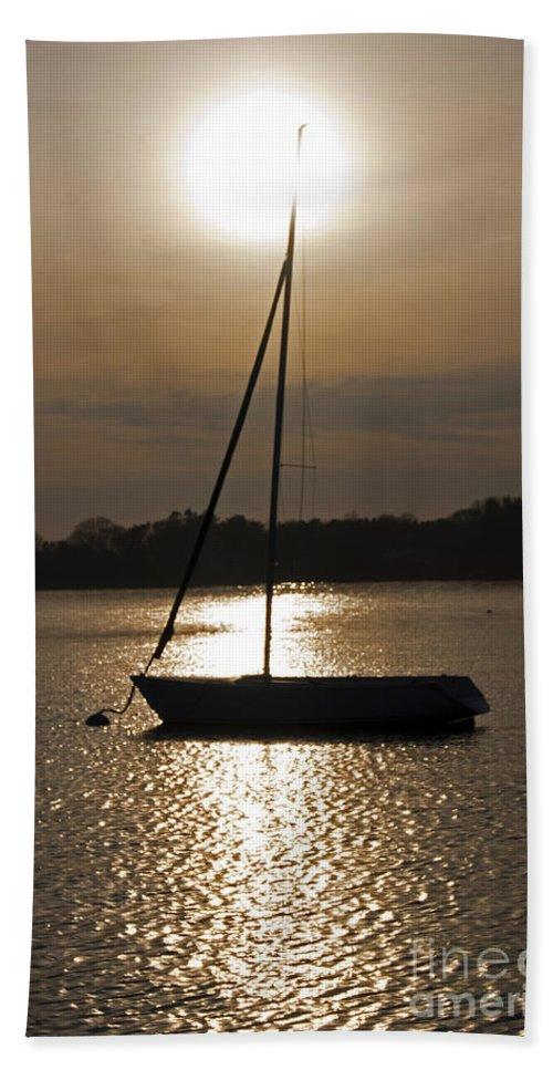 Sail Bath Sheet featuring the photograph Pierced by Joe Geraci