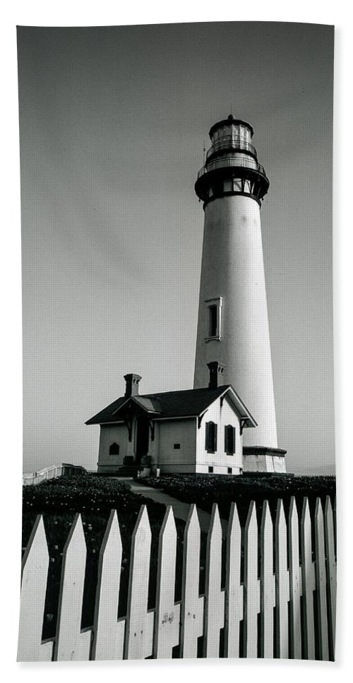 Pigeon Point Lighthouse Hand Towel featuring the photograph Pigeon Point Lighthouse by Matthew Pace
