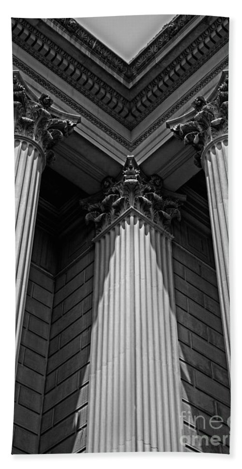 B&w Hand Towel featuring the photograph Pillars Of Strength by Tom Gari Gallery-Three-Photography