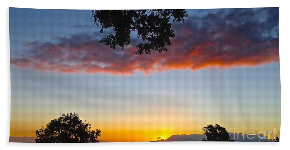 Sunset Hand Towel featuring the photograph Pink Clouds by Cheryl Cutler