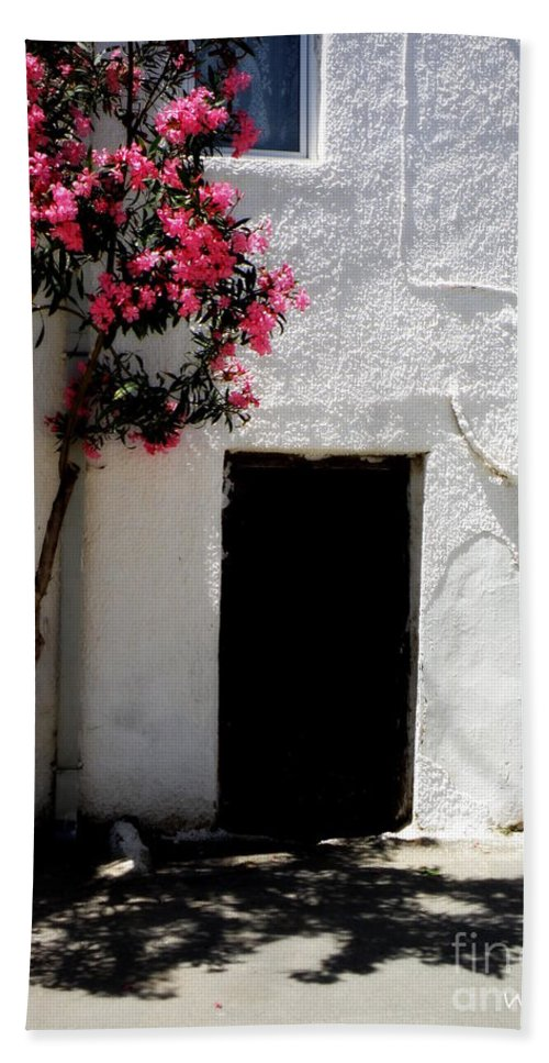 Door Hand Towel featuring the photograph Pink Oleander By The Door by Lainie Wrightson