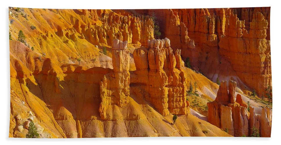 Rocks Hand Towel featuring the photograph Pinnicles At Sunset Point Bryce Canyon National Park by Jeff Swan