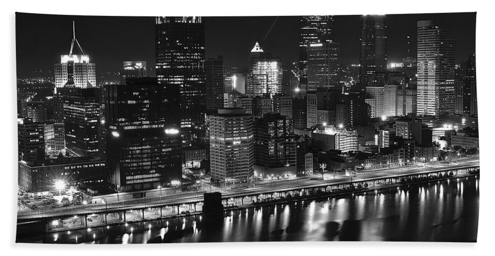 Pittsburgh Hand Towel featuring the photograph Pittsburgh Black And White Night by Frozen in Time Fine Art Photography