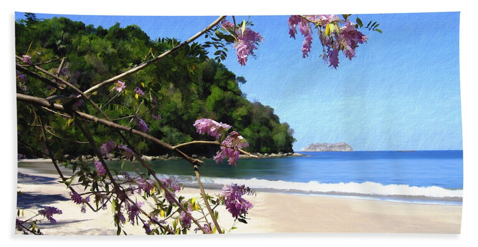 Beach Bath Towel featuring the photograph Playa Espadillia Sur Manuel Antonio National Park Costa Rica by Kurt Van Wagner