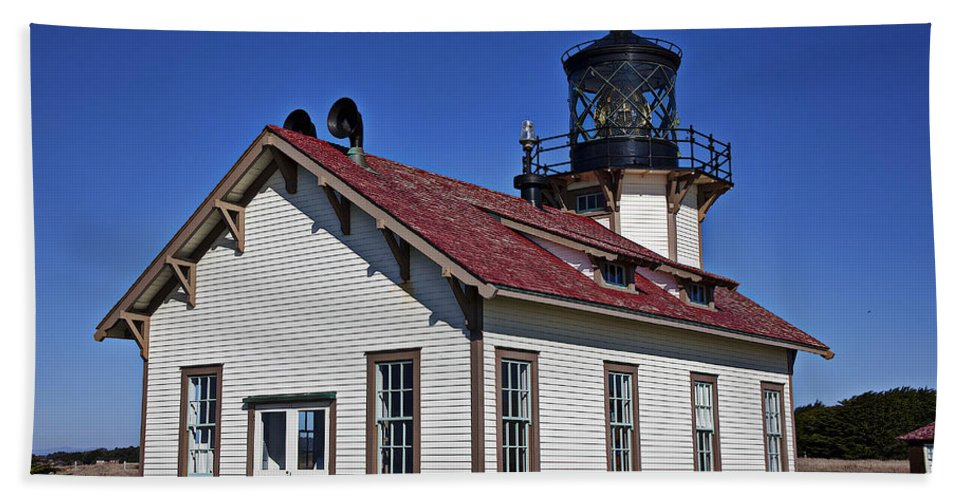 Point Carrillo Light Station Bath Sheet featuring the photograph Point Cabrillo Light Station by Garry Gay