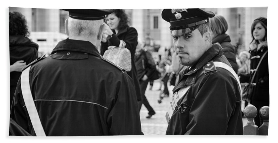 Policemen Hand Towel featuring the photograph Policemen In Rome by Pablo Lopez