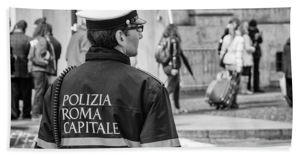 Polizia Hand Towel featuring the photograph Polizia Roma Capitale by Pablo Lopez