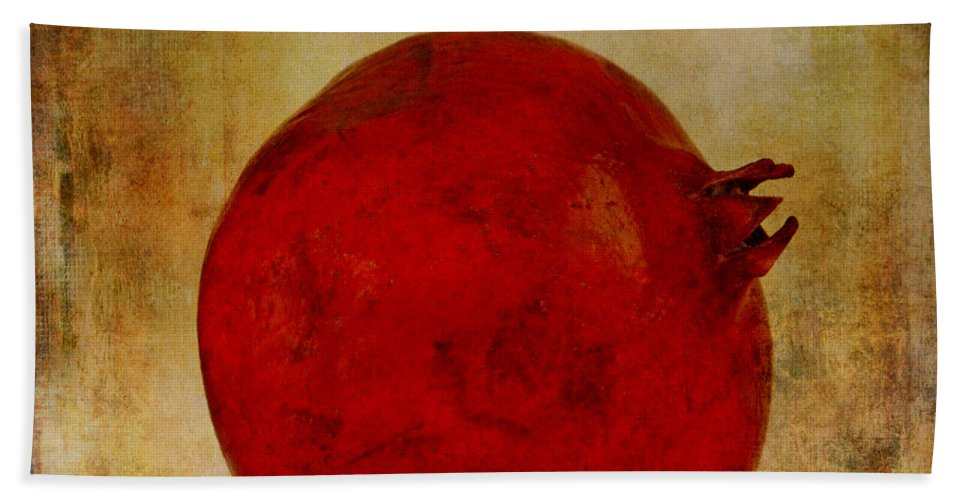 Kitchen Art Hand Towel featuring the photograph Pomegranate by Jacklyn Duryea Fraizer