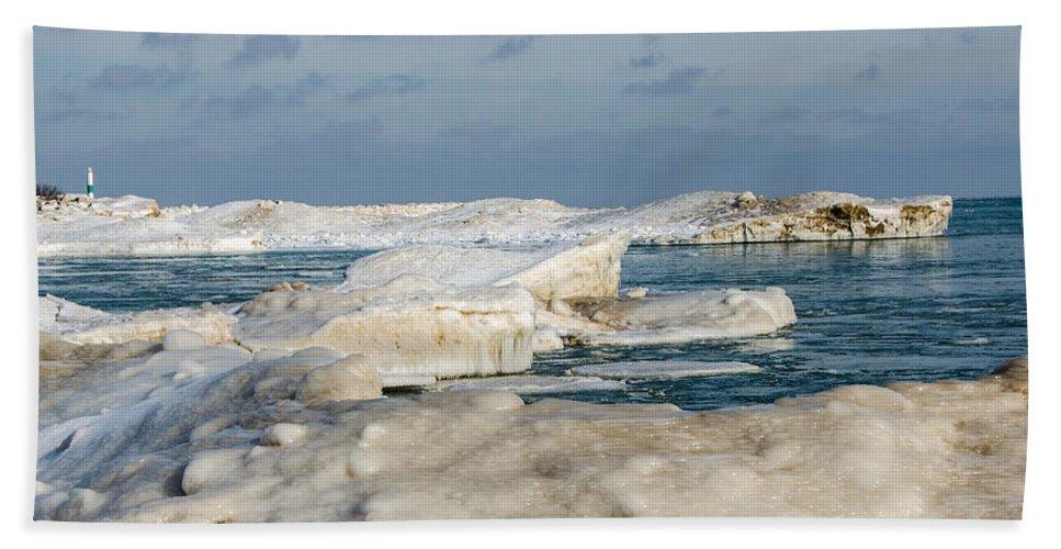 Lake Michigan Hand Towel featuring the photograph Port Washington - South Beach 2 by Susan McMenamin