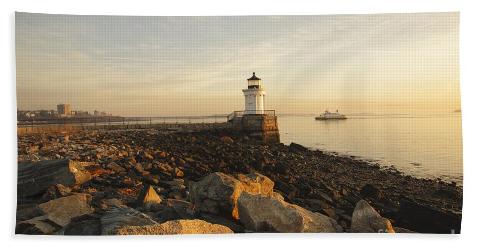 Atlantic Ocean Bath Towel featuring the photograph Portland Breakwater Light - Portland Maine by Erin Paul Donovan