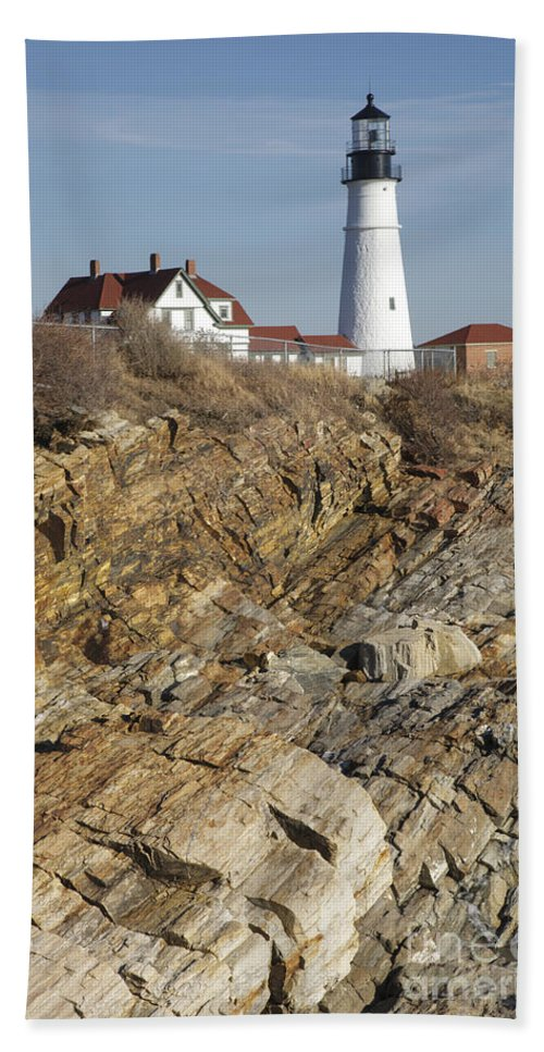 Atlantic Ocean Bath Towel featuring the photograph Portland Head Light - Cape Elizabeth Maine by Erin Paul Donovan