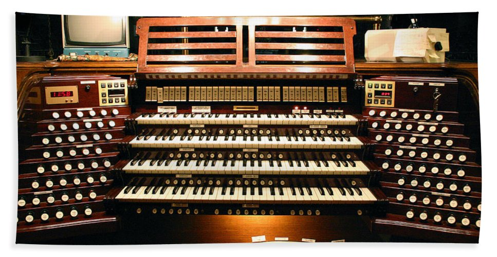 Pipe Organ Bath Sheet featuring the photograph Press Any Key by Jenny Setchell