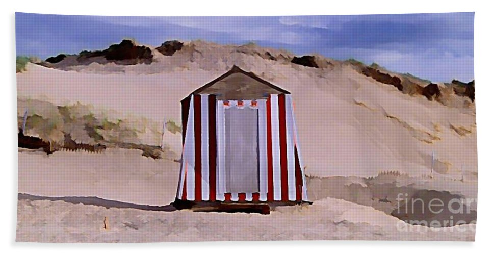 Sandy Beach Hand Towel featuring the painting Privacy by John Malone