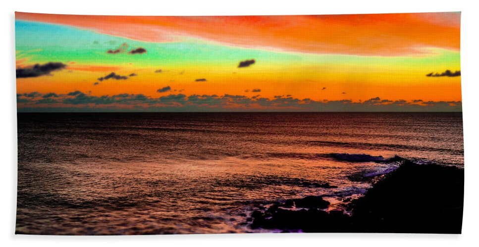 Sunset Hand Towel featuring the photograph Psychedelic Sky by Alexandre Martins