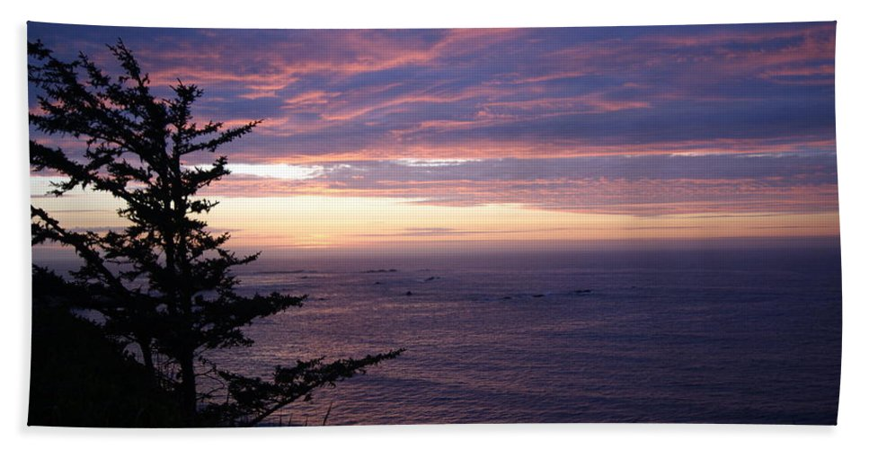 Sunset Bath Sheet featuring the photograph Purple Majesty by Beth Collins