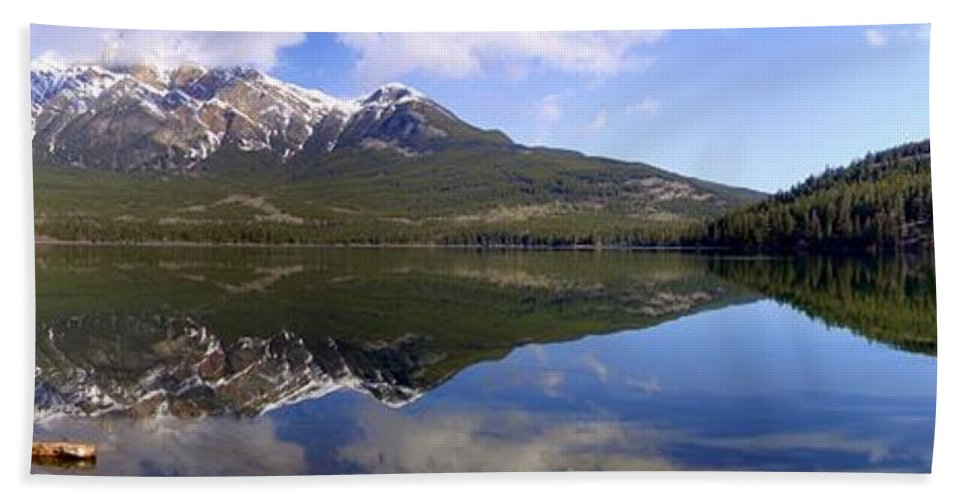 Landscape Hand Towel featuring the photograph Pyramid Lake Mountain Reflections - Jasper, Alberta by Ian Mcadie