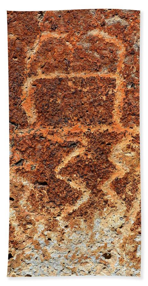 Shaman Hand Towel featuring the photograph Shaman Petroglyph C by David Lee Thompson