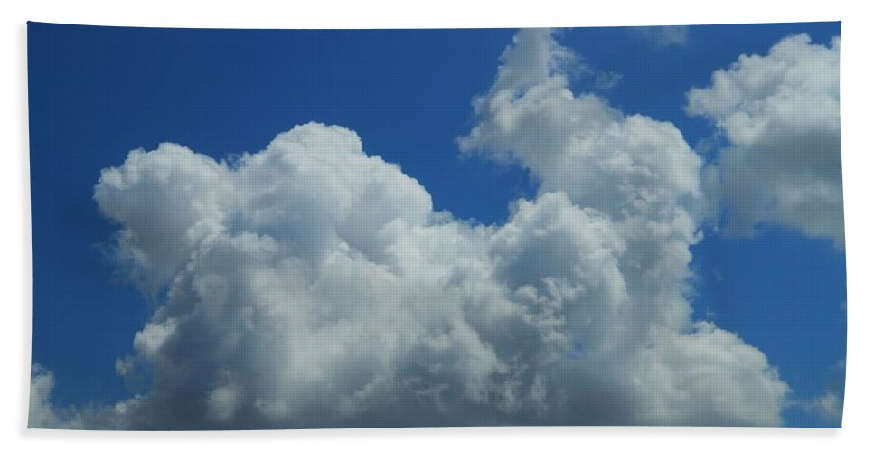 Rabbit Cloud Hand Towel featuring the photograph Rabbit Cloud by Dan Sproul