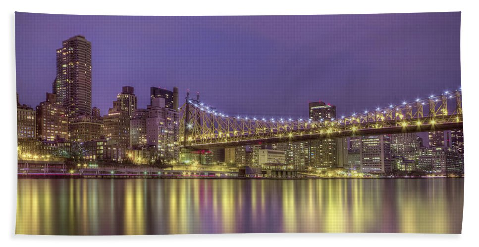 Queensboro Hand Towel featuring the photograph Radiant City by Evelina Kremsdorf