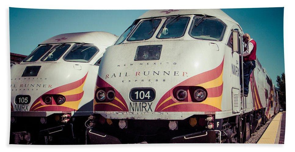 Steven Bateson Bath Sheet featuring the photograph Rail Runner Twins by Steven Bateson