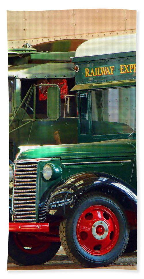 Fine Art Bath Sheet featuring the photograph Railway Express by Rodney Lee Williams