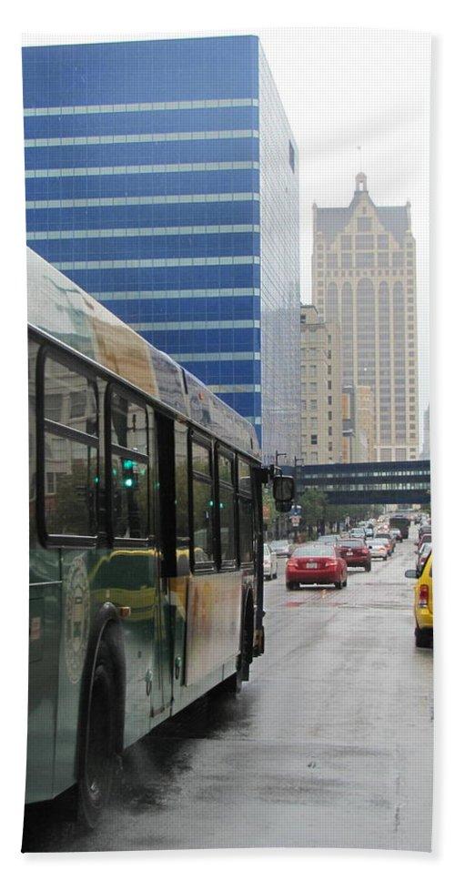 Milwaukee Bath Sheet featuring the photograph Rain And Bus by Anita Burgermeister