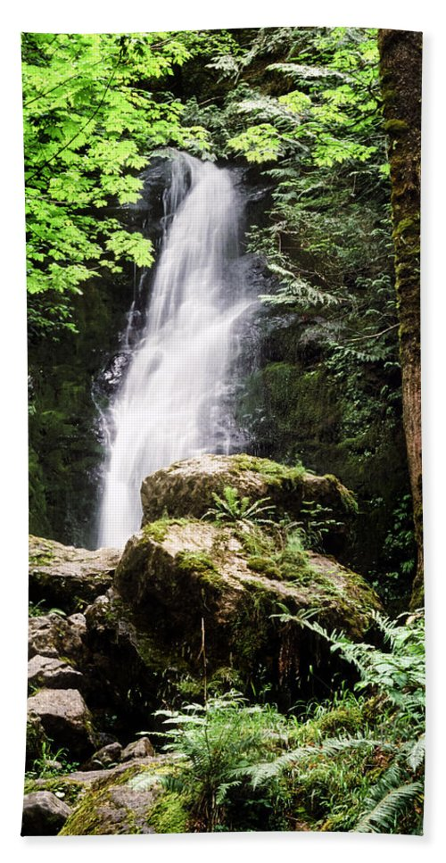 Quinault Bath Towel featuring the photograph Rain Forest Falls by Kelley King