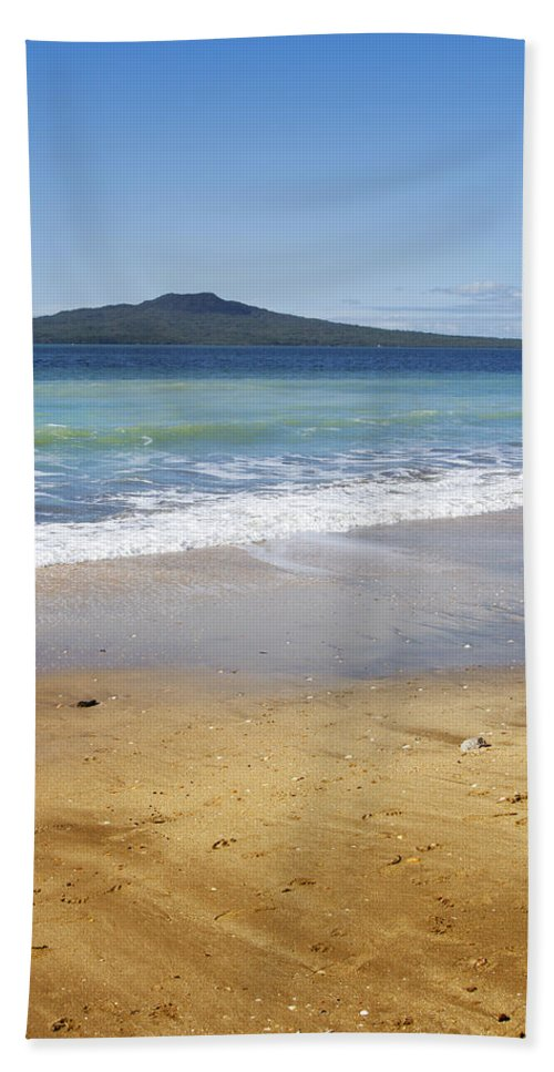 New Zealand Bath Sheet featuring the photograph Rangitoto by Les Cunliffe