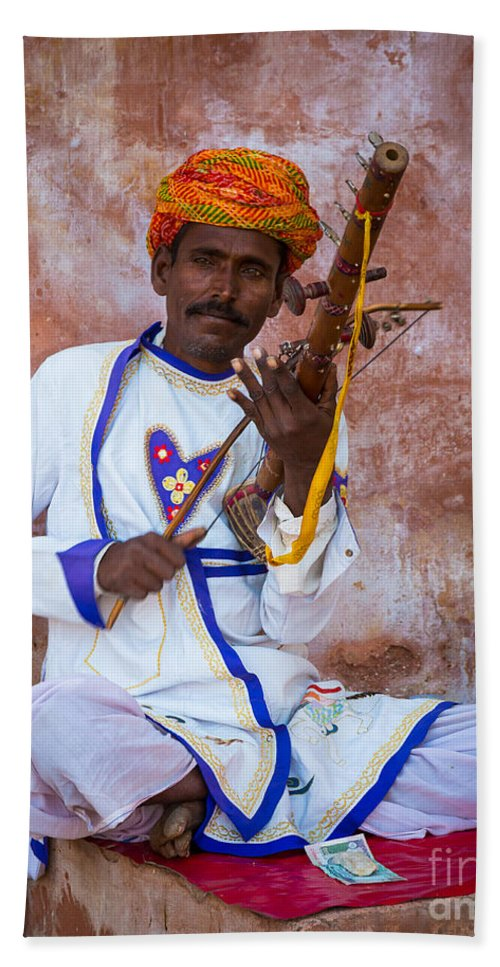Amber Fort Hand Towel featuring the photograph Ravanhatha Musician by Inge Johnsson