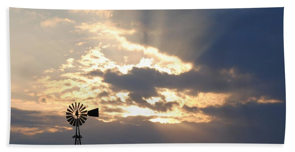 Windmill Bath Sheet featuring the photograph Rays Behind The Mill by Eric Liller