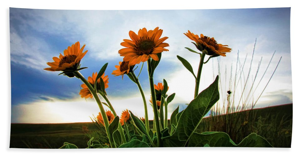 Wild Flowers Bath Sheet featuring the photograph Reach To The Heavens by Athena Mckinzie
