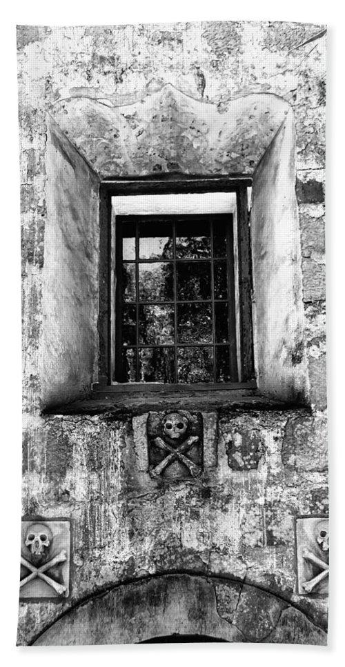 Santa Barbara Bath Sheet featuring the photograph Rear Window Bw Santa Barbara by William Dey