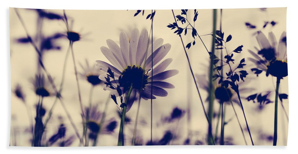 Flowers Bath Sheet featuring the photograph Recoil Selfs Sway by The Artist Project