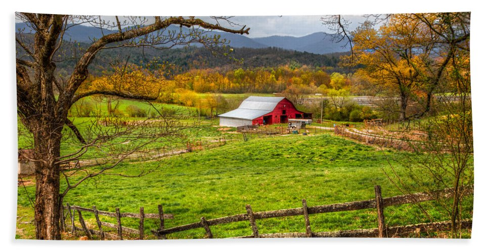 Andrews Hand Towel featuring the photograph Red Barn by Debra and Dave Vanderlaan