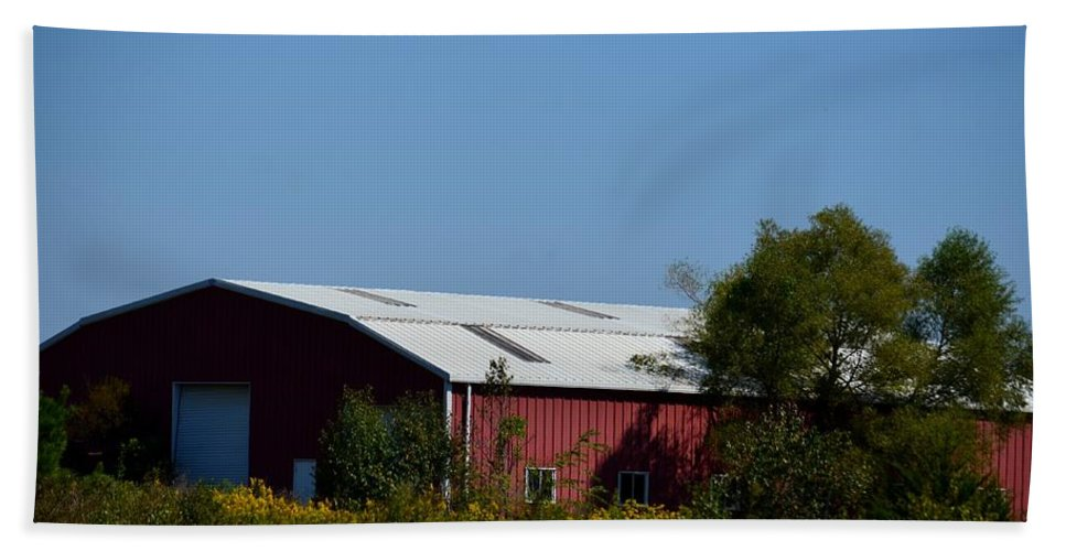 Red Metal Barn Bath Sheet featuring the photograph Red Metal Barn by Maria Urso