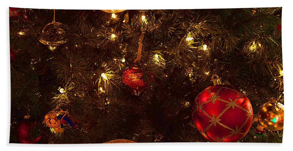Holiday Hand Towel featuring the photograph Red Ornament And Gold Ribbon by Paulette B Wright