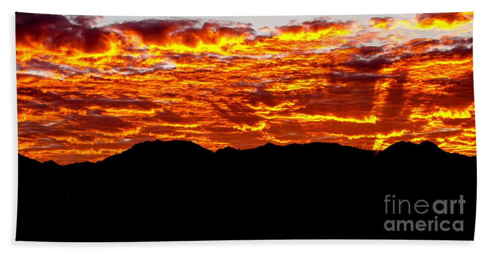 Sunrise Hand Towel featuring the photograph Red Rays by Robert Bales