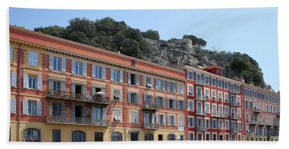 Row Houses Bath Sheet featuring the photograph Red Row Houses In Nice by Christiane Schulze Art And Photography