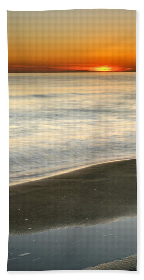 Seascape Hand Towel featuring the photograph Red Sea Sunset by Guido Montanes Castillo