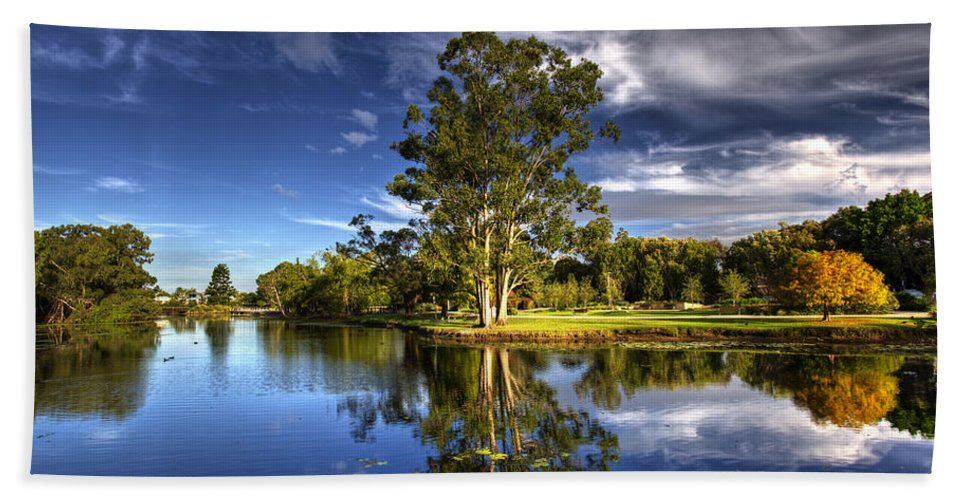 Gold Coast Hand Towel featuring the photograph Reflections by Darren Burton
