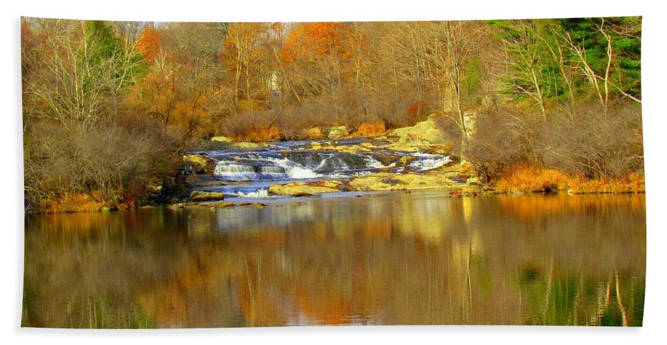 Royal River Hand Towel featuring the photograph Reflections by Elizabeth Dow