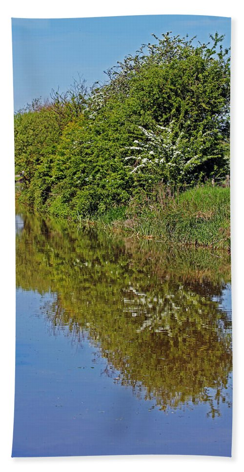 Oxford Canal Bath Sheet featuring the photograph Reflections Of Trees by Tony Murtagh