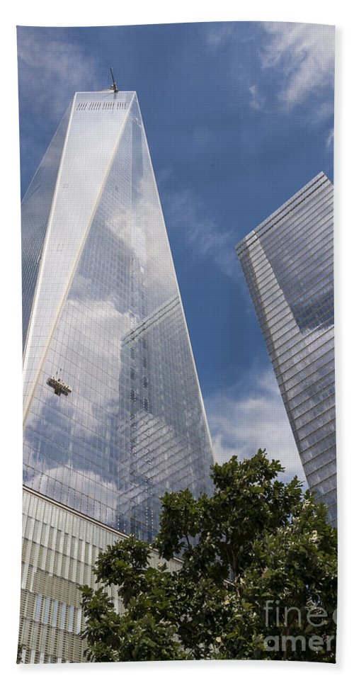 World Trade Center New York City Cityscape Cityscapes Building Buildings Architecture Cities Structure Structures Skyscraper Skyscrapers Line Lines Window Windows Reflection Reflections Cloud Clouds Bath Sheet featuring the photograph Reflective Skyscrapers by Bob Phillips