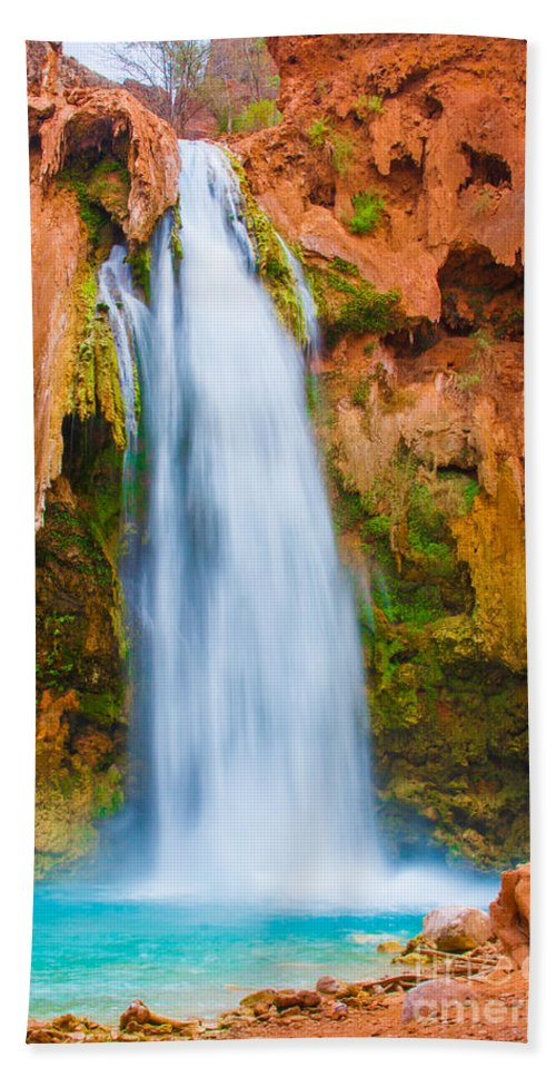 Arizona Hand Towel featuring the photograph Relaxing Falls by Nicholas Pappagallo Jr