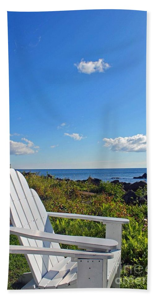 Lake Hand Towel featuring the photograph Relaxing by Stephanie Hanson